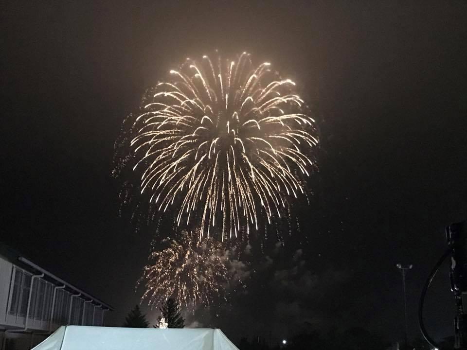 LIGHT UP NIPPONのみなさんのご協力もあり、1500発の花火が打ち上げられました。